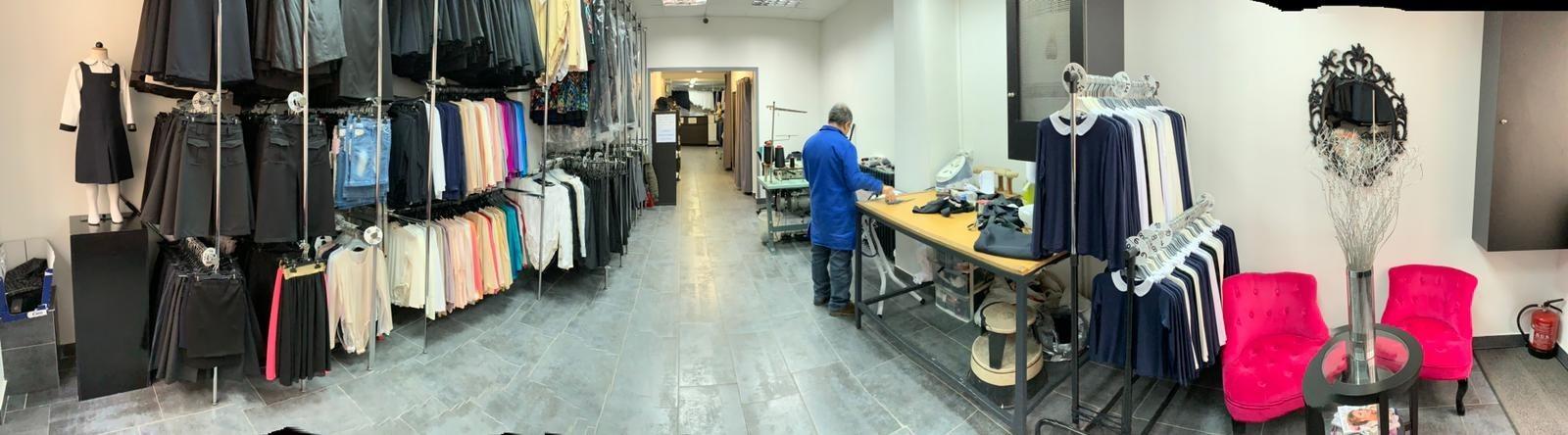 N'hésitez pas à venir visiter notre showroom L'ORA MODE 124 bis avenue de Flandre 75019 Paris tel (+33) 1 42 05 81 30